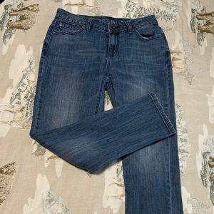 Jen. Lopez Jeans